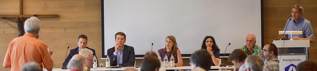 Podium zur Bundestagswahl bei der Erwerbslosen-Tagung 2017